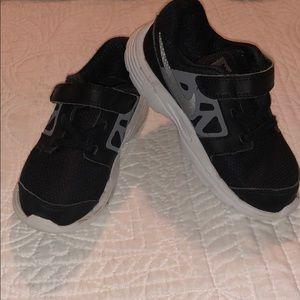 Nike sneakers SZ 10C